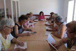 Especialistas de la Oficina del Historiador de la Habana visitan el Club de Lectura Fácil de Guareña