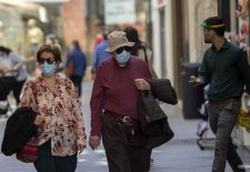 El uso de las mascarillas será obligatorio desde este jueves para mayores de seis años