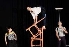 El espectáculo 'Cir Coo' continúa este martes con el Festival de Artes Circenses